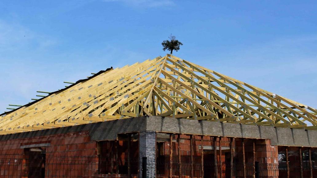 konstrukcja dachu w rosanowie