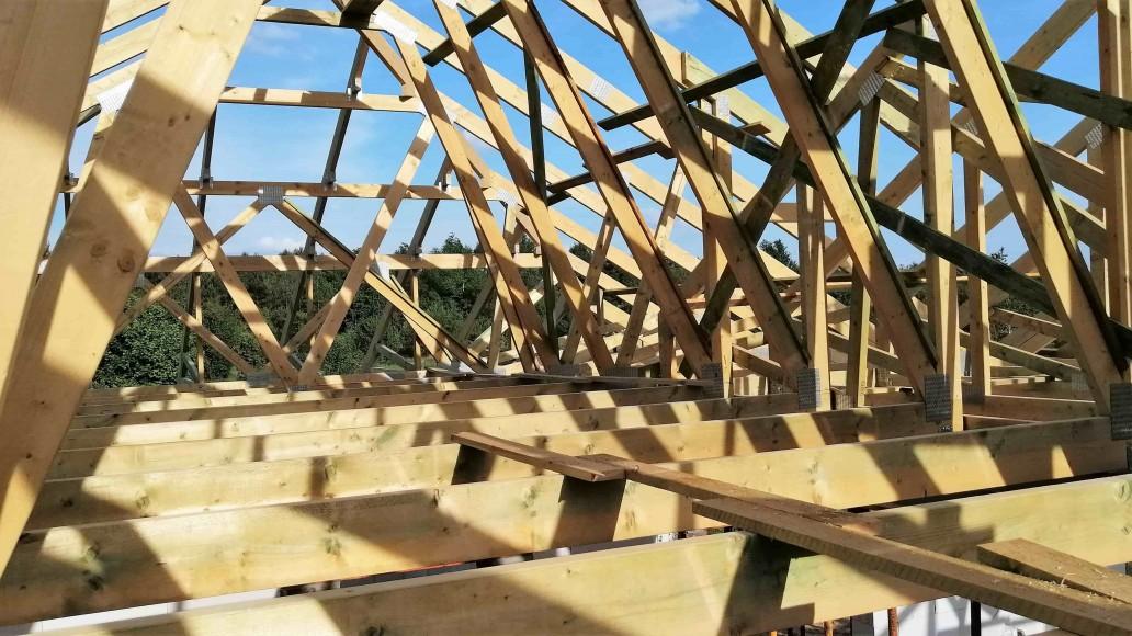 wiązarowa konstrukcja dachu (2)