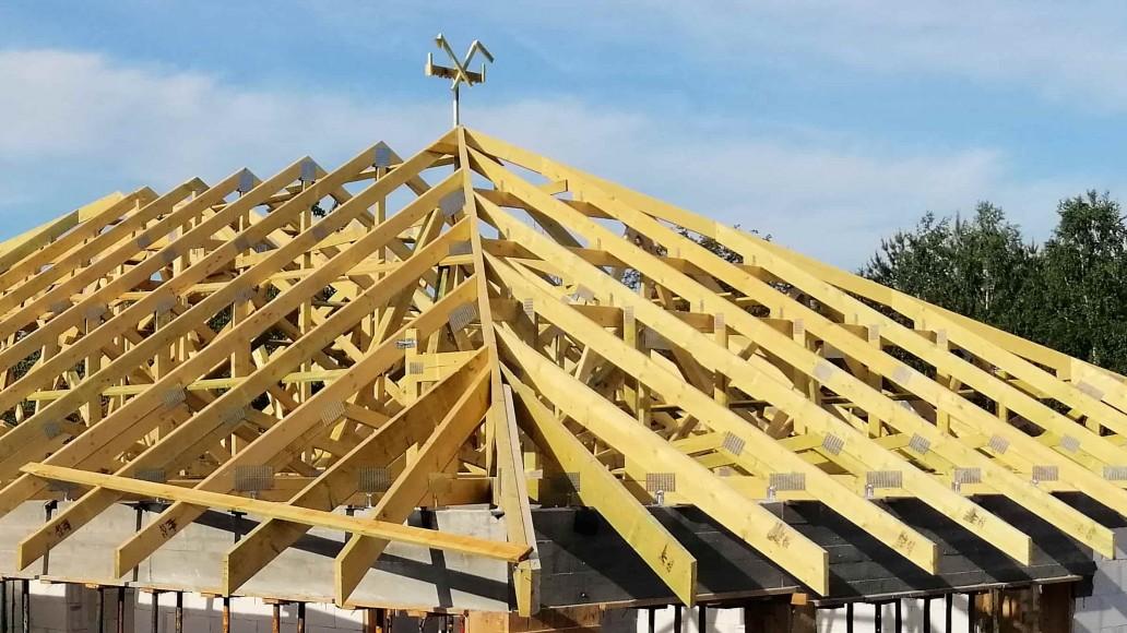 wiązarowa konstrukcja dachu