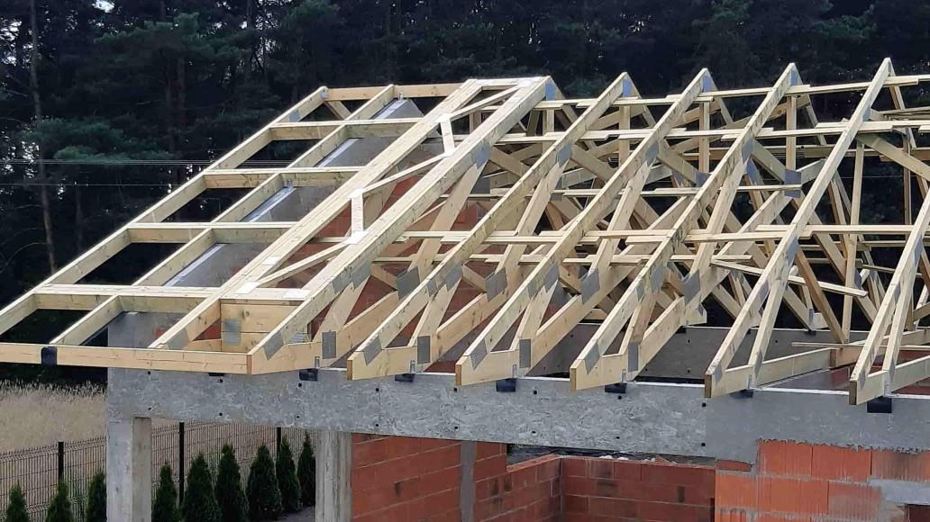 drewniany dach domu sierpów (3)