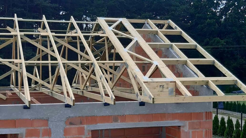 drewniany dach domu sierpów (5)
