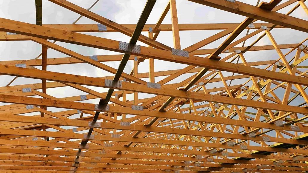 dach pawilonu handlowego tuszyn (5)