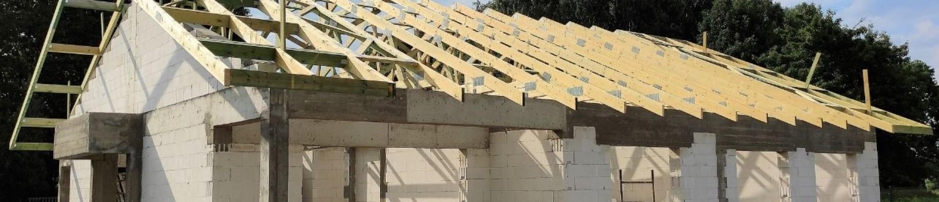 Realizacja konstrukcji dachu domu w Aleksandrowie Łódzkim