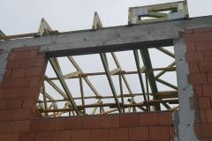 więźba-drewniana-na-dachu