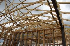 więźba-na-dachu-budynku