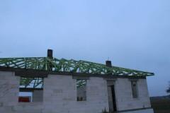 drewniana konstrukcja dachowa w zerominie 1