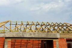 wiązarowa konstrukcja dachu w rydzynach (6)