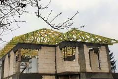 drewniany dach domu ksawerów(1)