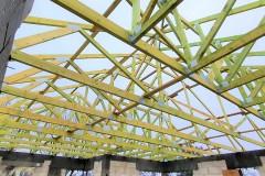 drewniany dach domu ksawerów(2)