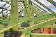 konstrukcja dachu domu świątniki