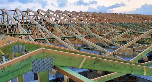 Realizacja dachu pawilonu handlowego w miejscowości Tuszyn