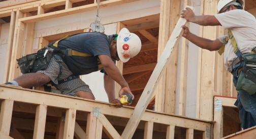 Co powinien wiedzieć podwykonawca producenta prefabrykowanych konstrukcji drewnianych?