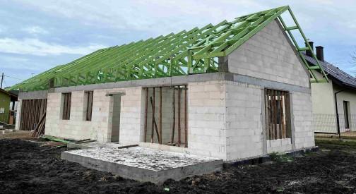 Konstrukcja dachowa domu mieszkalnego w miejscowości Pabianice