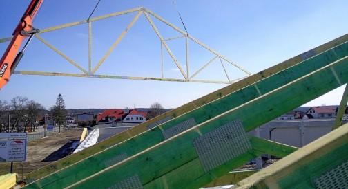 Pawilon handlowy Stężyca - część druga realizacji dachowej konstrukcji wiązarowej
