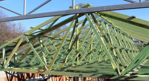 Konstrukcja dachu sali weselnej w miejsc. Lichawa