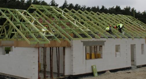 Budowa dachu prefabrykowanego w miejsc. Hermanów