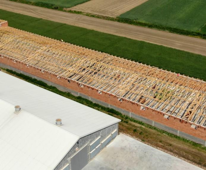 Realizacja dachu budynku rolniczego