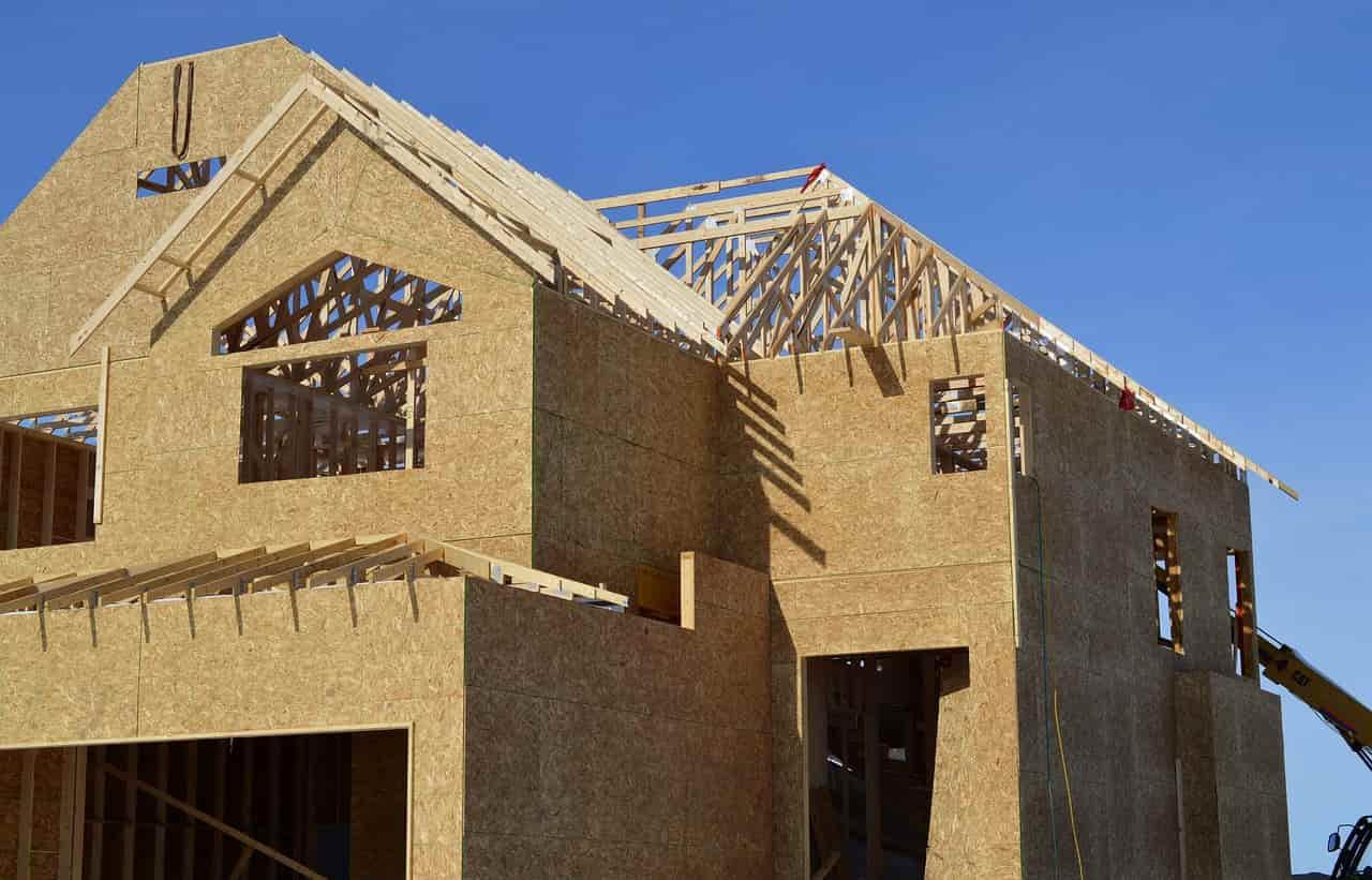 dach domu drewnianego